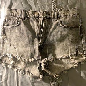 Light grey denim shorts - Zara